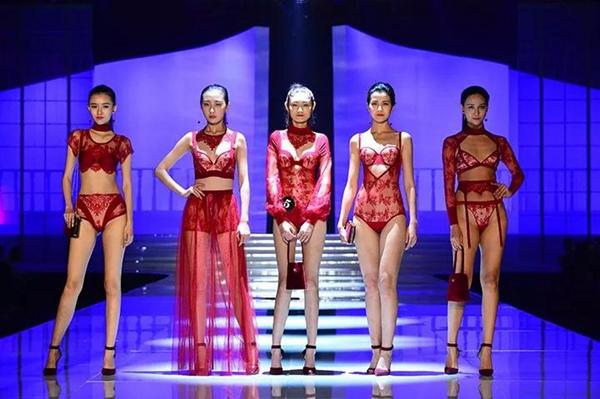 國際品牌內衣展4.jpg